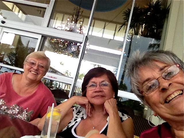 Sun Down at Kahala Hotel Or is it Kahala Mandarin Oriental